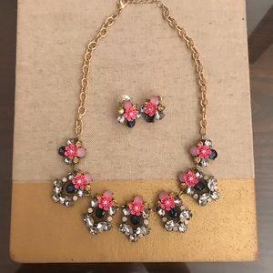 Beautiful ornate collared statement necklace set